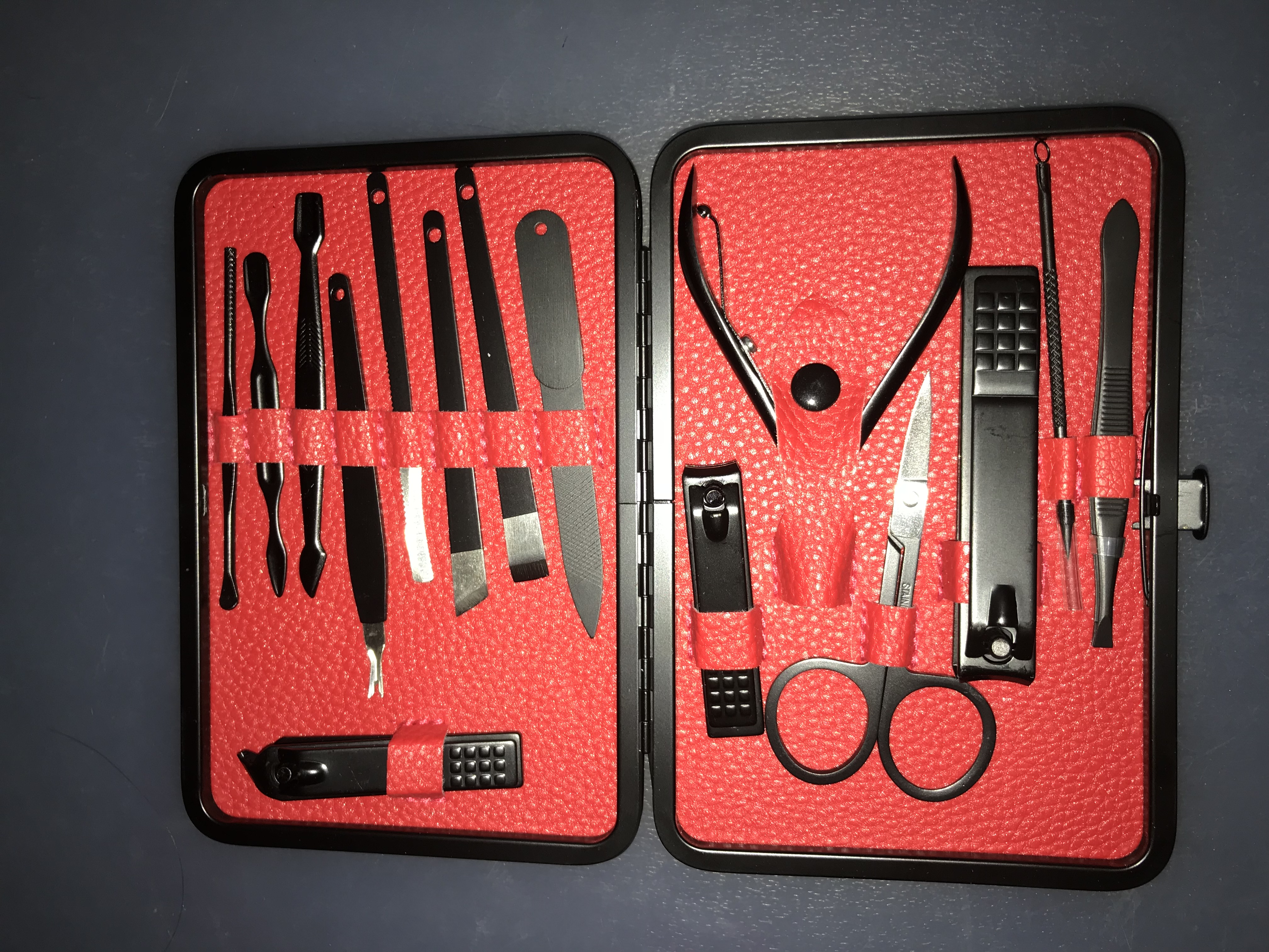 mens-nail-clipper-set--red-''temporarily-out-of-stock''